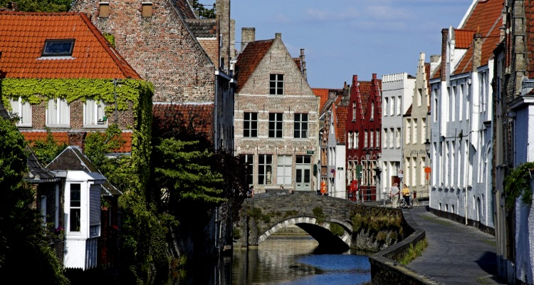 Edited-3.-Bruges-AWL_BE02056-1680x1050